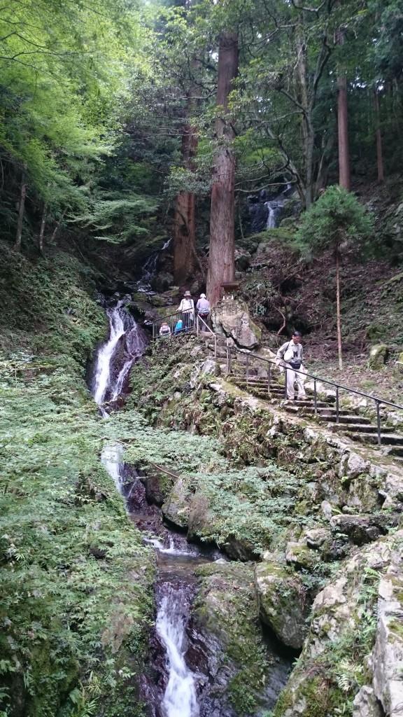 大滝は、甲賀市の近くだけあって、忍者が出てきそうな雰囲気でした